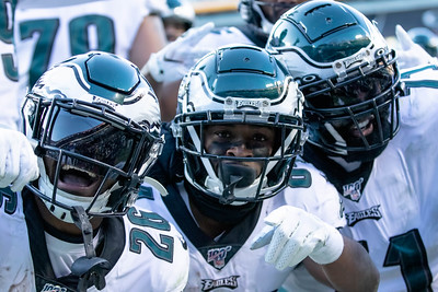 December 15, 2019 - The Philadelphia Eagles' Greg Ward (84) celebrates his four-yard touchdown recption with teammates. The touchdown turned out to be the game winner at FedEx and move the Redskins to 3-11 on the season. Photo by Mike Clark/The Montgomery Sentinel