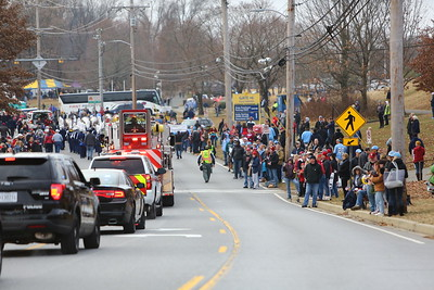George P. Smith/The Montgomery Sentinel    Crowds along the parade route  in the 2019 Military Bowl.