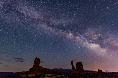 Balanced Rock 1 by Nikon