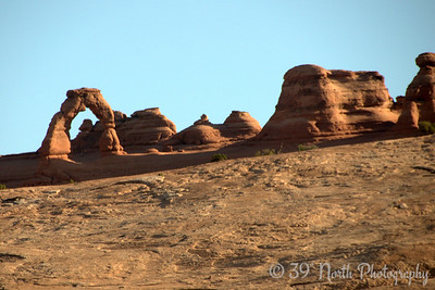 Delicate Arch, lower viewpoint