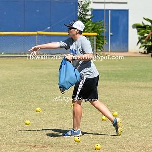 Moanalua Varsity Girls 2016 Softball vs Kailua Surfriders