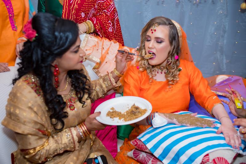 Mobeen & Maria Mehndi_0095