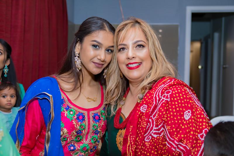 Mobeen & Maria Mehndi_0058