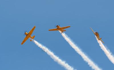 The Canadian Harvard Acrobatic Team