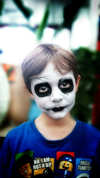I just wish this was face-paint....
