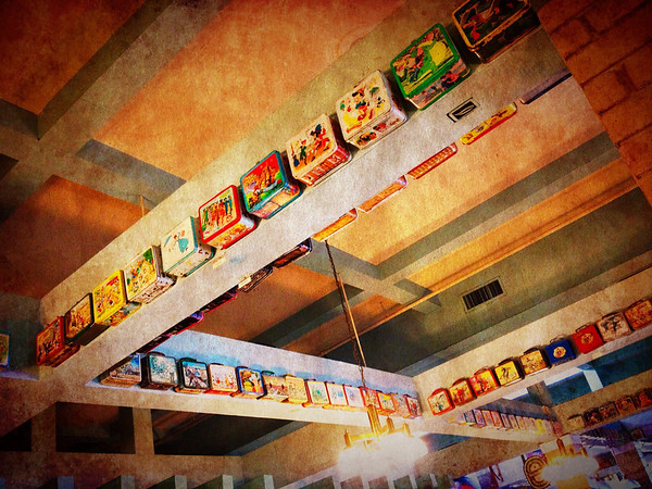 Massive Display of Old Lunchboxes in Restauran along I 5