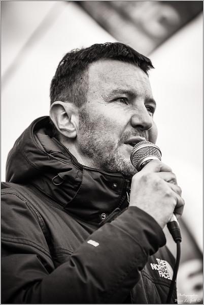 Olivier Besançenot en soutien à l'association Attac lors du procès intenté par Apple. <br /> Paris, le 12 février 2018.