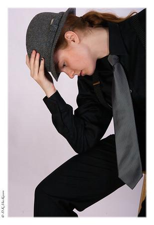 model, sparrow, suit, tie, hat