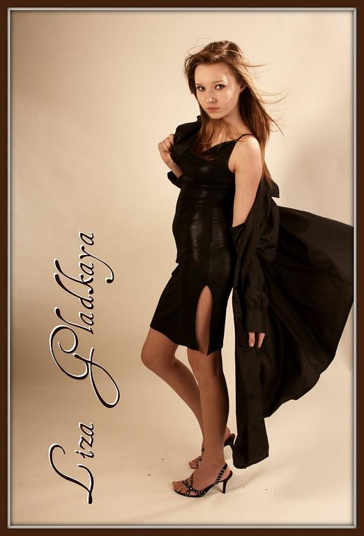 http://www.allenwaynephotography.com/Model-Portfolios/Liza-Studio/IMG0581/767266454_MUVRf-XL.jpg