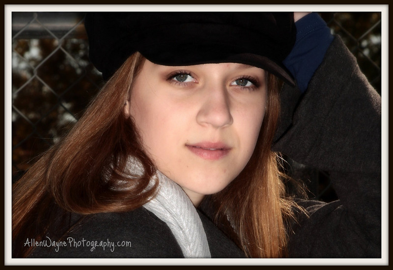 http://www.allenwaynephotography.com/Model-Portfolios/Sarah-II/IMG0369-1/748522249_VFF5u-L-2.jpg