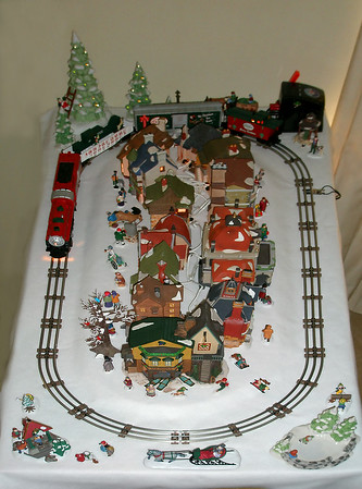 Dept. 56 / North Pole Central, Christmas 2006