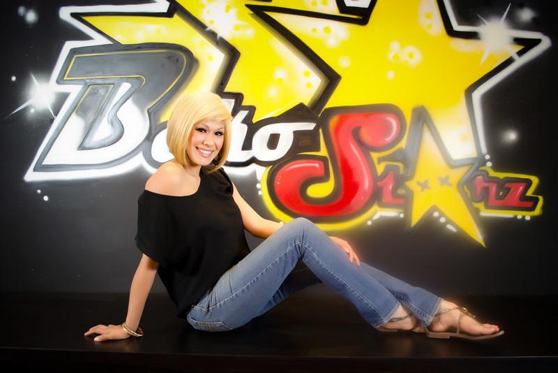 12 01-15 blonde 2478