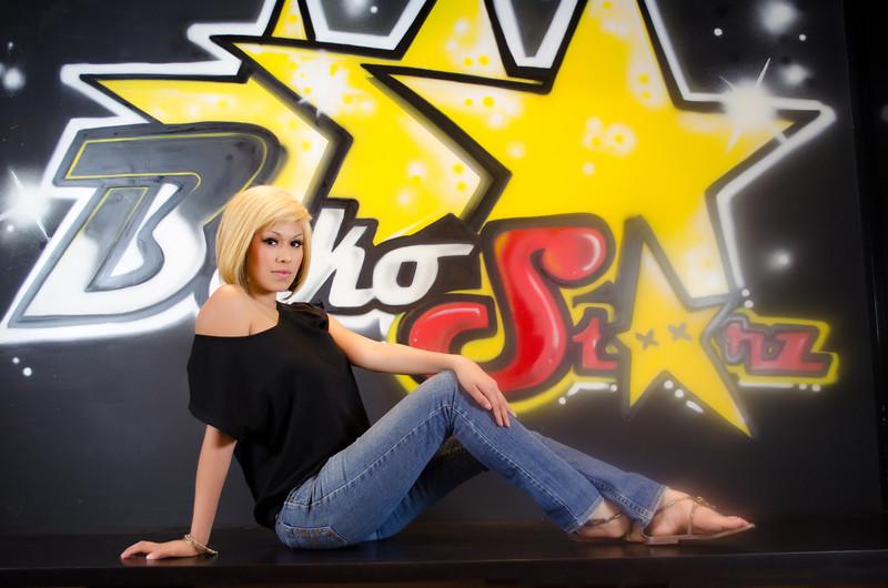 12 01-15 blonde 2477