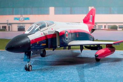 1-32 scale A&AEE Phantom (2)