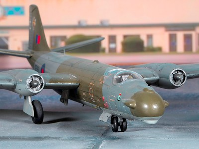1-48 scale Canberra (4)