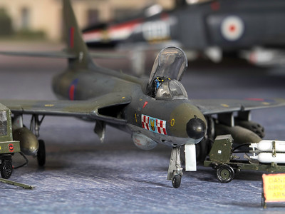1-48 scale Hunter (5)