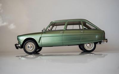 OTTO 1/18 Citroën Ami 8