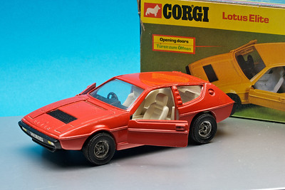 Large Corgi Lotus Elite