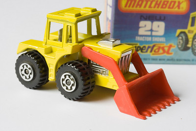 Matchbox 29 – Tractor Shovel