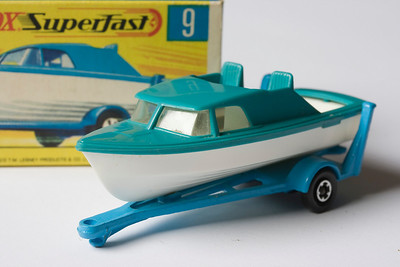 Matchbox 9 – Boat and Trailer