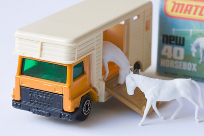 Matchbox 40 – Horsebox