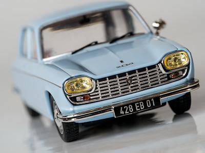 Odeon 1:43 1968 Peugeot 204