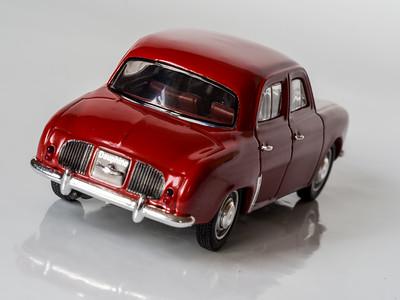 Norev 1:43 Renault Dauphine