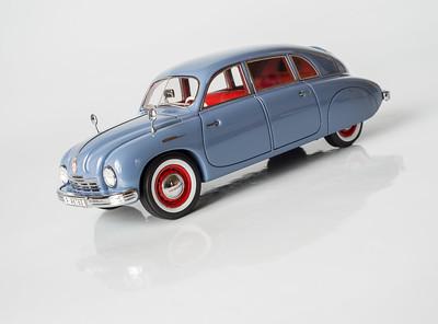 Neo 1:43 Tatra 600 'Tatraplan'