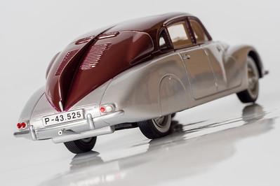 BoS 1:43 Tatra 87