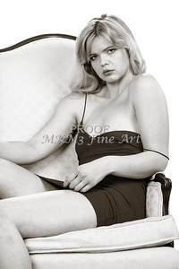 Sexy Girl Model Black and White 1810.070