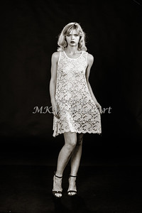 Sexy Girl Model Black and White 1810.003