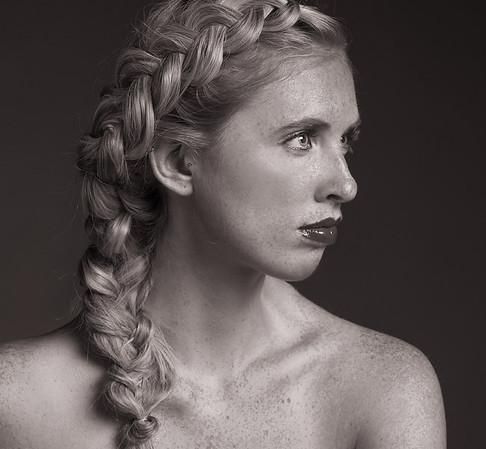 Noelle White