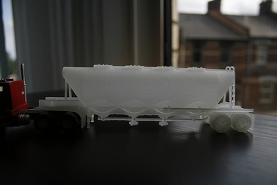 2013-08-20 - Shapeways/Baztrains bulk trailer