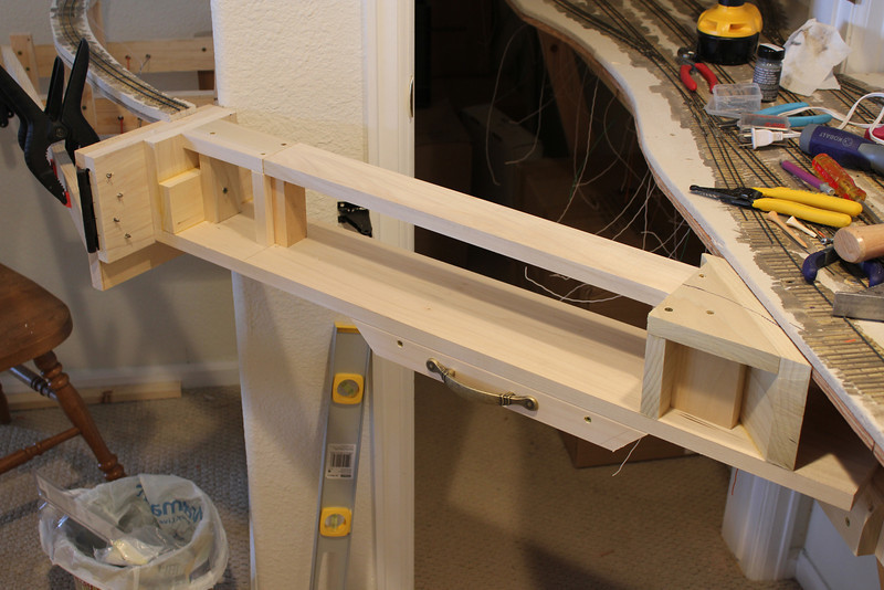 The upper deck is in place of the bridge and now only needs to have the micore added.
