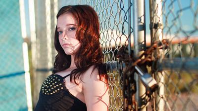 Elizabeth Kari (10 of 37)