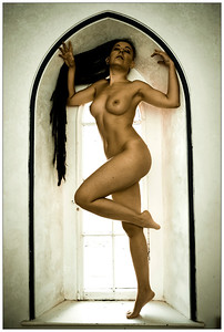 Window pose 4