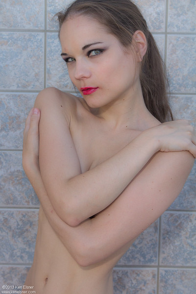 Viktoria Nude Shoot