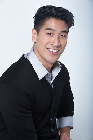 """@boom_shenanigans 6'0""""   Shirt L   Shoe 11  187 lbs Ethnicity: Chinese, Vietnamese and Hispanic Skills: Attractive, Athletic Build, Chinese Comedian, Improv Experienced, Basketball, football, volleyball, baseball player"""