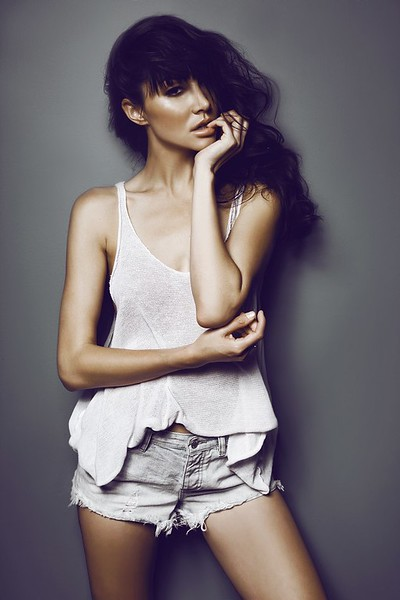 @bmonique19 5'10 | 125lbs Ethnicity: Mixed Model Skills: Competitive Swimmer since 7 years old, Experienced Print Model