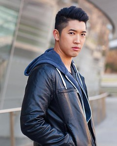 5' 10"