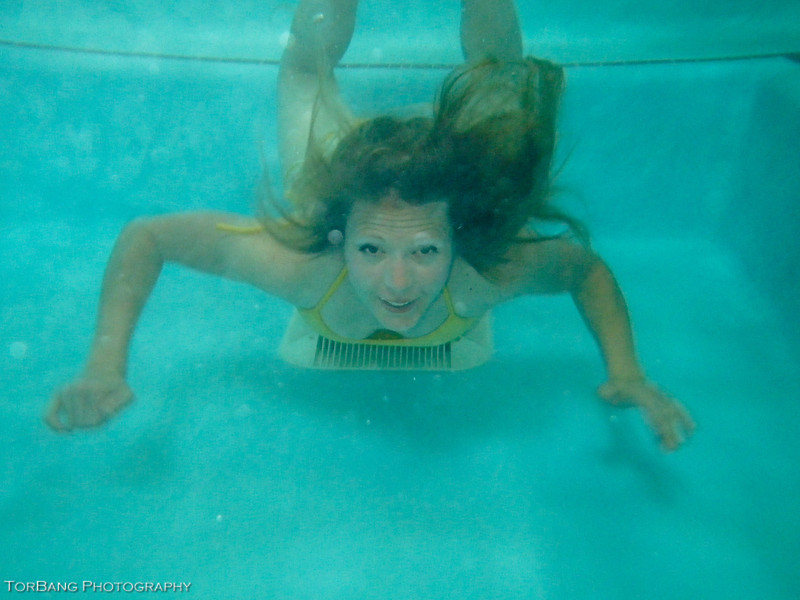 Underwater Shoot with Cate in a crazy warm hot tub