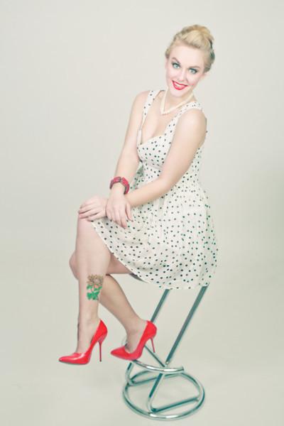 Retro Pinup Shoot. Models Haley Neusch and Hillary Baker. MUA/Stylist Hillary Baker