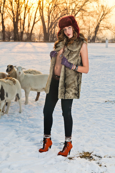 Winter High Fashion Shoot with Lexi and Hillary © Torsten Bangerter