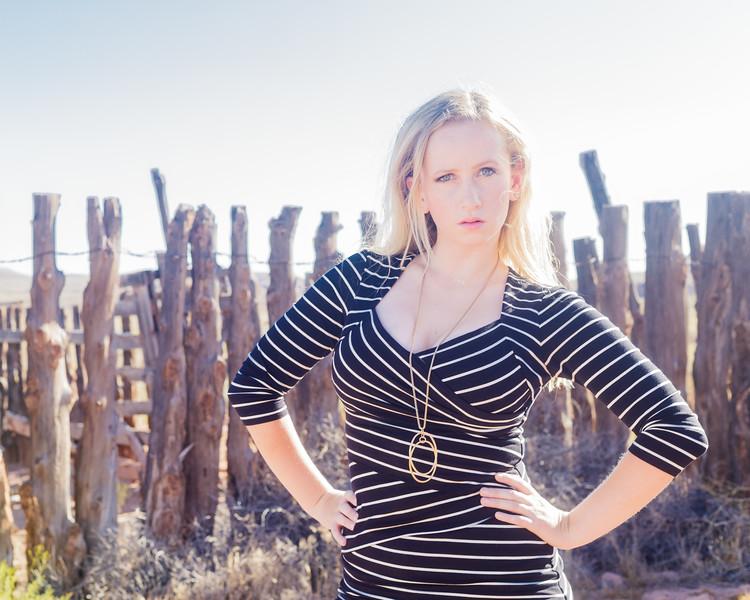 Model Laura Cox
