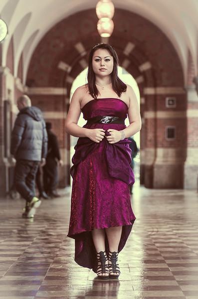 Fotoshoot Galla Hovedbanegården<br /> <br /> Model: Shirly Lawran Greisen<br /> MUA: Christina Koch<br /> Smykker: Glitter<br /> Fotograf: Zafar Iqbal