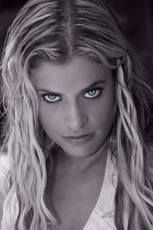 Diana (Dee Vee)