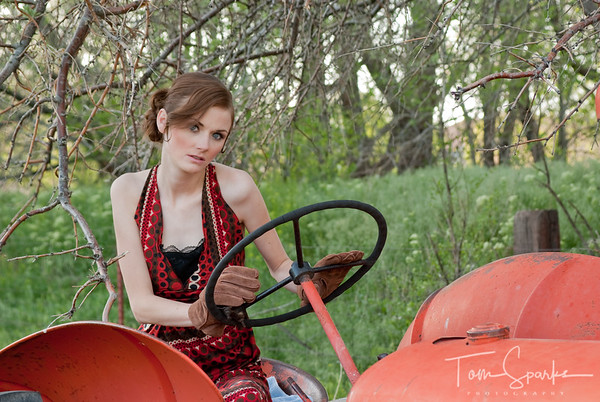 Katie McMinn Fashions