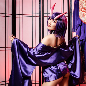 I had meant to post this to celebrate Oniland and the new Shuten... but i forgot.  Hopefully she doesn't think i caster aside...