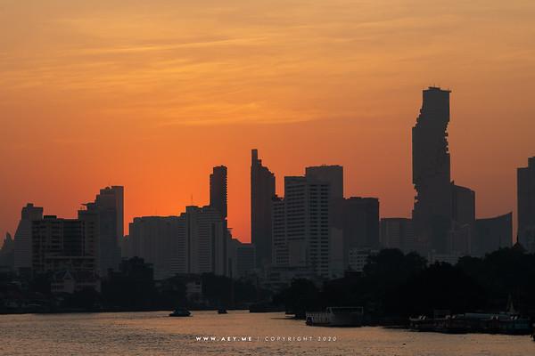 Phra Pokklao Bridge