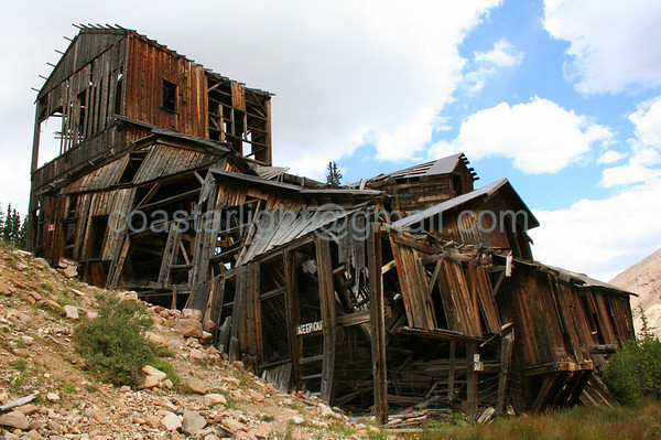 Leavick Mill. 1897-1899. A 13,000-foot-long aerial tram connected the mill to the Hilltop Mine on Mt. Sherman.
